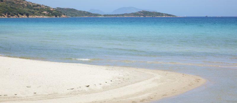 5_spiaggia_porto_taverna_sardegna