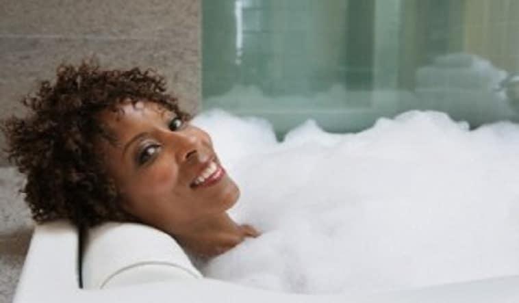 Bains spirituels pour la relaxation, la guérison et la libération.