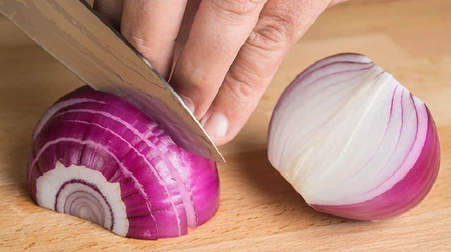Remèdes maison à l'oignon –  Tout peut être guéri avec un oignon