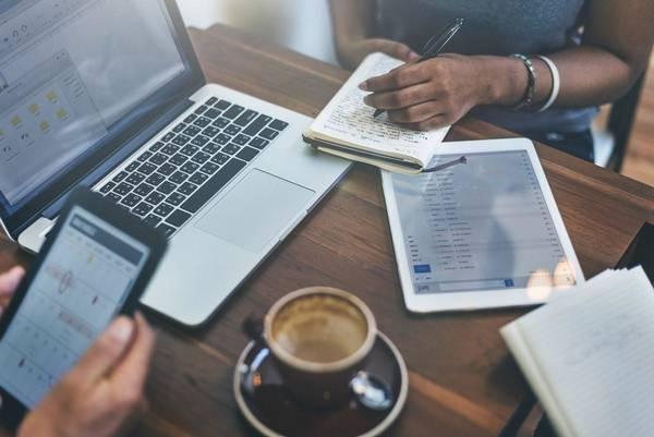 10 façons de gagner de l'argent en ligne en Afrique et d'être payé