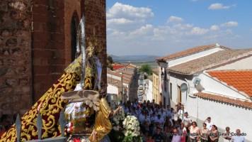 Salida de la procesión de la Stma. Virgen del Collado