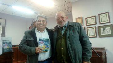 Urbano Peñalver, Autor y Juan José Armijo, presentador