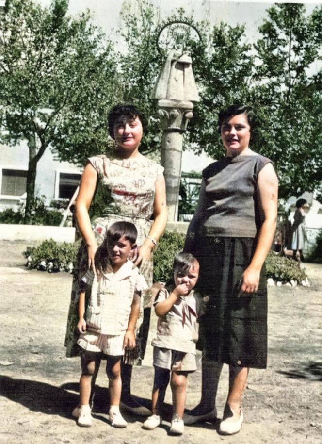 De paseo, años 60, por Jacinto Mercado
