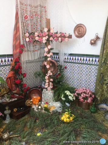 Cruz de Mayo de Cati López y familia - 2019