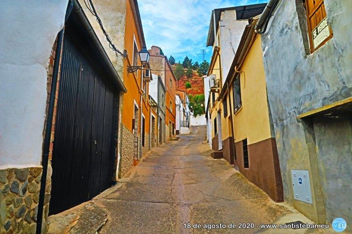 Paseo por la Calle Castillo