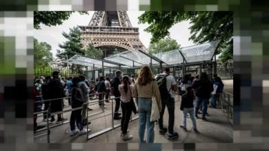 Photo of La Torre Eiffel reabre sus puertas a los turistas tras pasar ocho meses cerrada