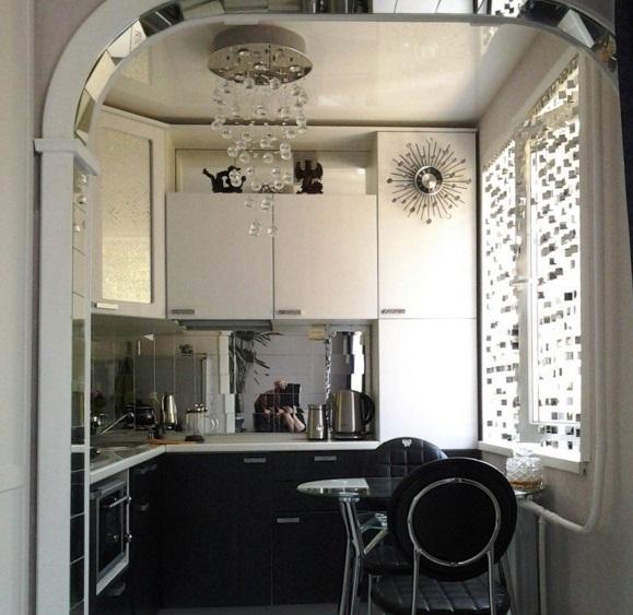 маленькая кухня дизайн фото 4 кв м с холодильником 7