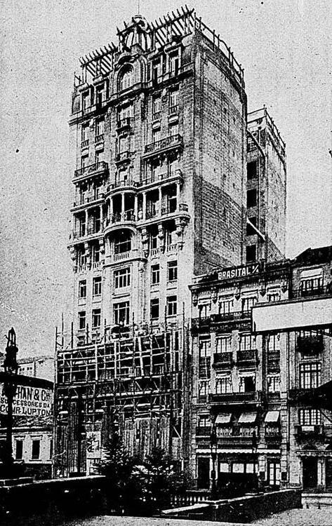 Edifício Sampaio Moreira em 1924.