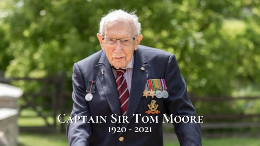 Queen Leads Tributes to Captain Sir Tom Moore Who Has ...