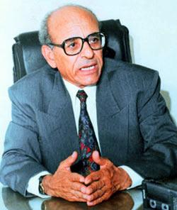 عبدالعزيز حمودة