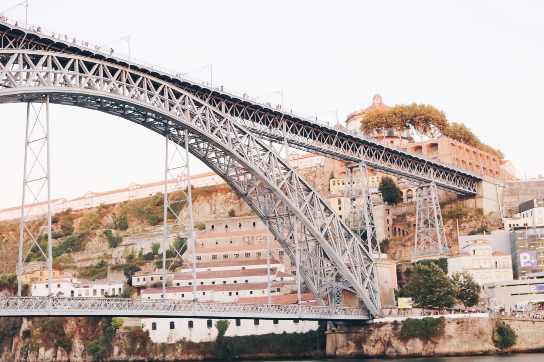 road-trip-portugal-porto-saraconte