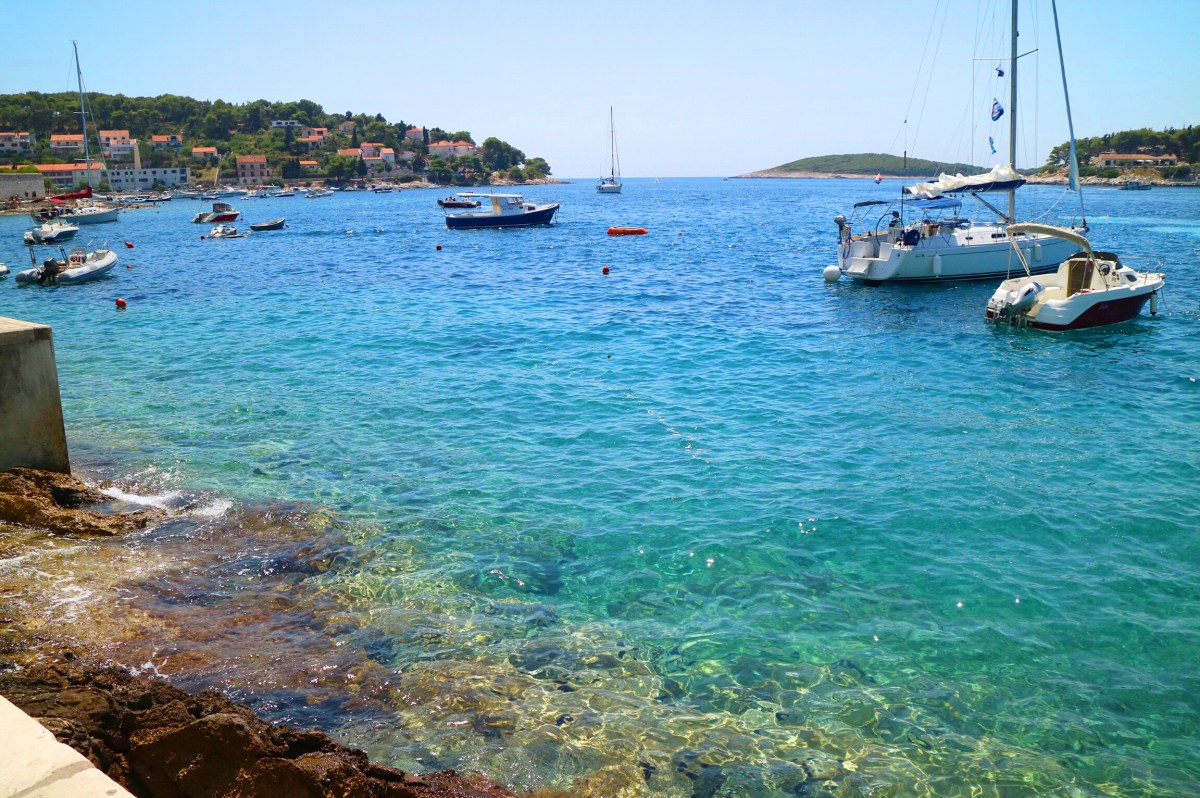 crystal clear_SARAFI_8_2016