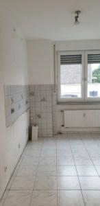 Blick in die Küche der neuen Wohnung
