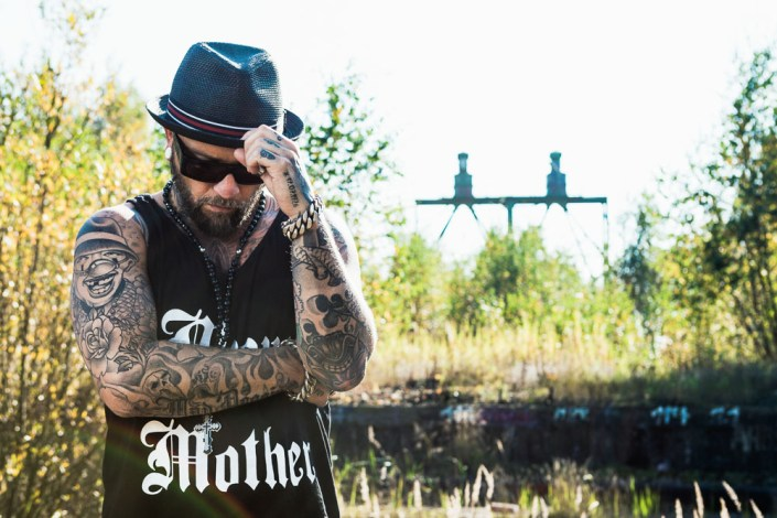 Portrait hamburg Mann Outdoor Tattoos