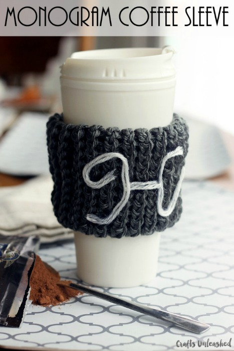 How-to-loom-knit-monogram-coffee-sleeve-Crafts-Unleashed | A #2usestuesday Feature, Sarah Celebrates Special Feature