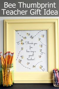 bee-thumbprint-teacher-gift-idea- | A Sarah Special #2usestuesday feature