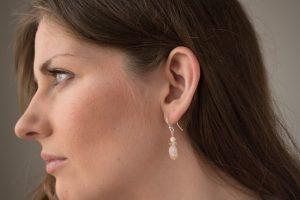 website_silver_citrine__model_earring3-0921