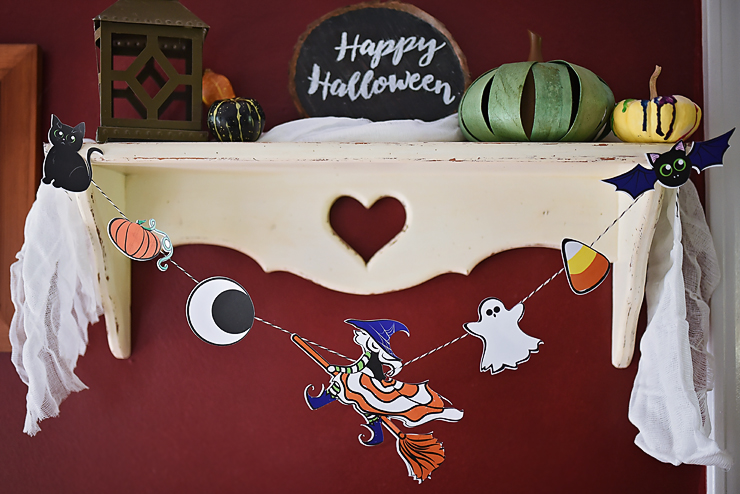 Halloween Garland with Free Graphics