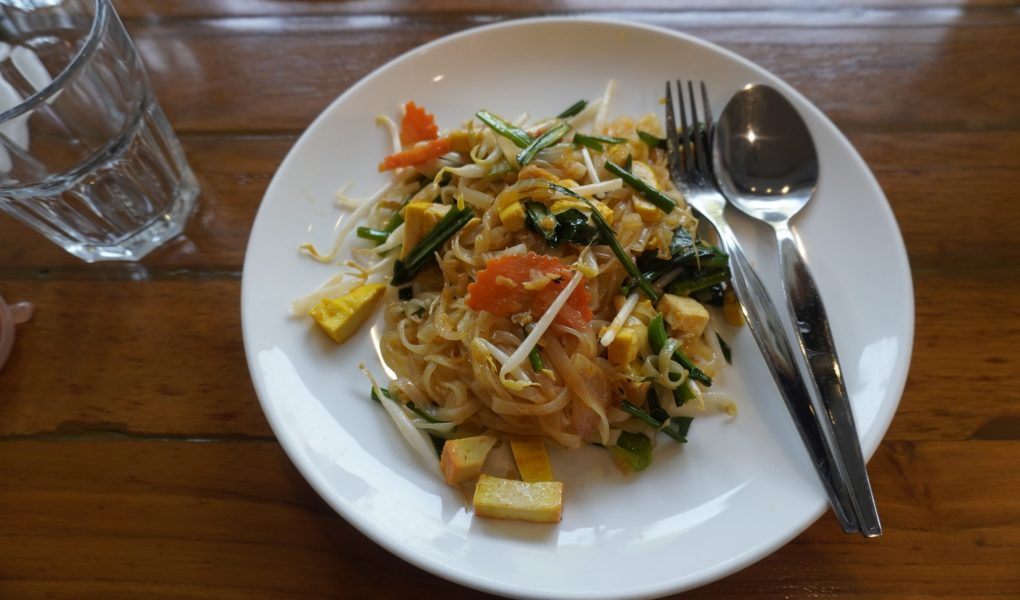 vegan pad thai in Bangkok