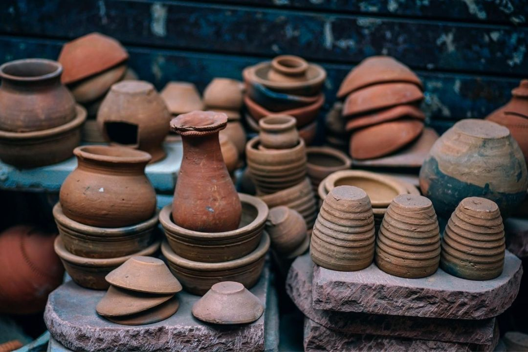 Stacked clay pots