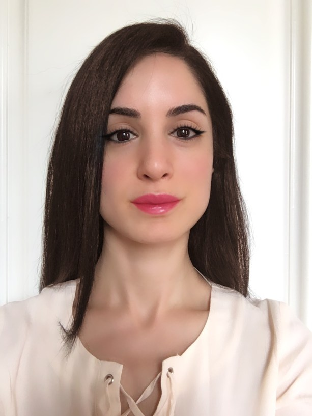 YouCam Makeup App Review