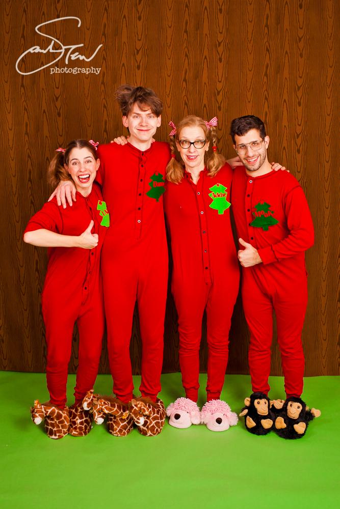 Kitschy Christmas Family Portraits 2010 Sarah Tew