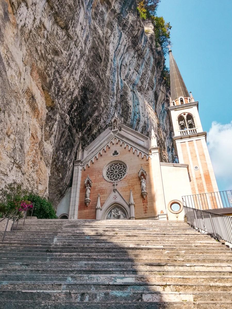 Itinerario ideale per un pellegrinaggio al Santuario della Madonna della Corona