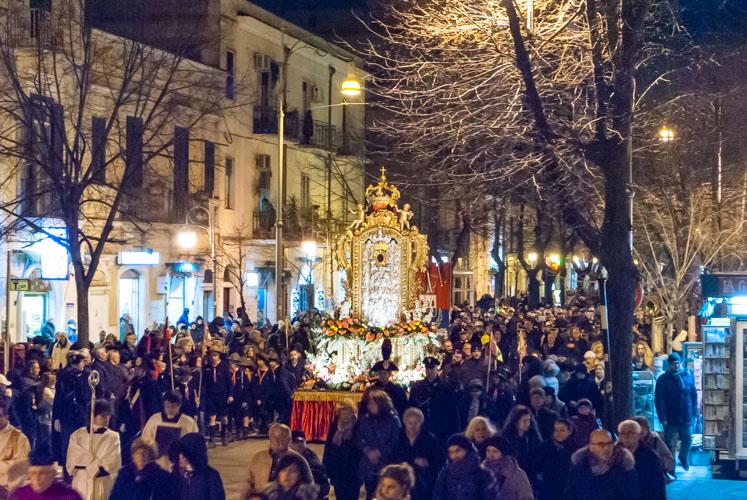 Foggia la processione della madonna dei sette veli
