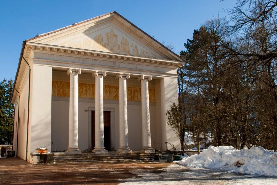 Esterno del Santuario della Madonna Addolorata