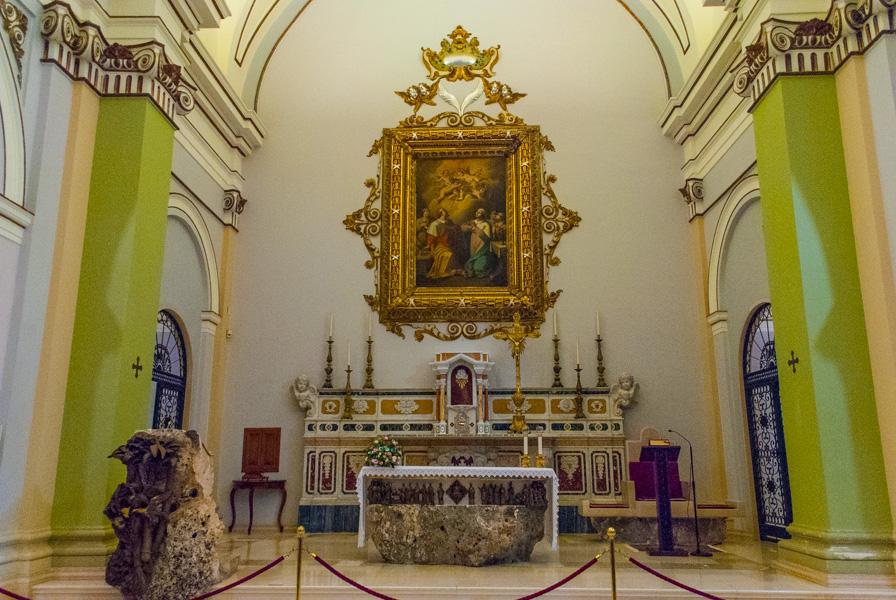 Santuario San Cosimo alla Macchia -altare interno
