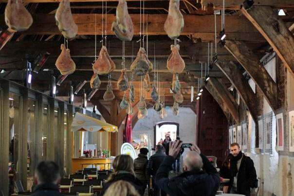 travel thursday ghent belgium fashion blogger ibis accor hotels report1