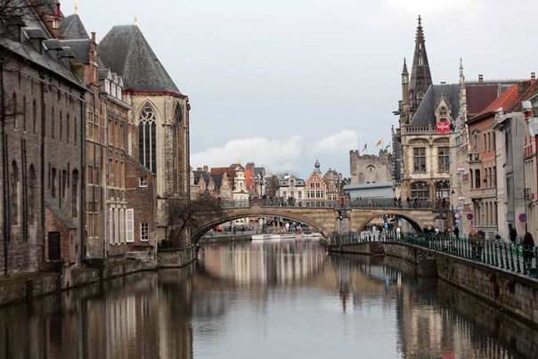 travel thursday ghent belgium fashion blogger ibis accor hotels report3