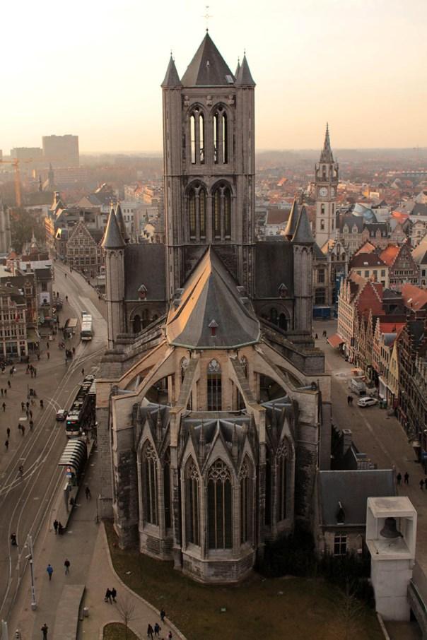 travel thursday ghent belgium fashion blogger ibis accor hotels report7