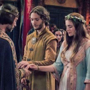 Toby Regbo (Aethelred) e Millie Brady Aethelflaed) - Matrimonio