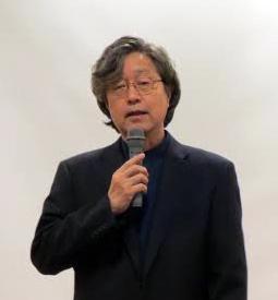 竹内先生アップ