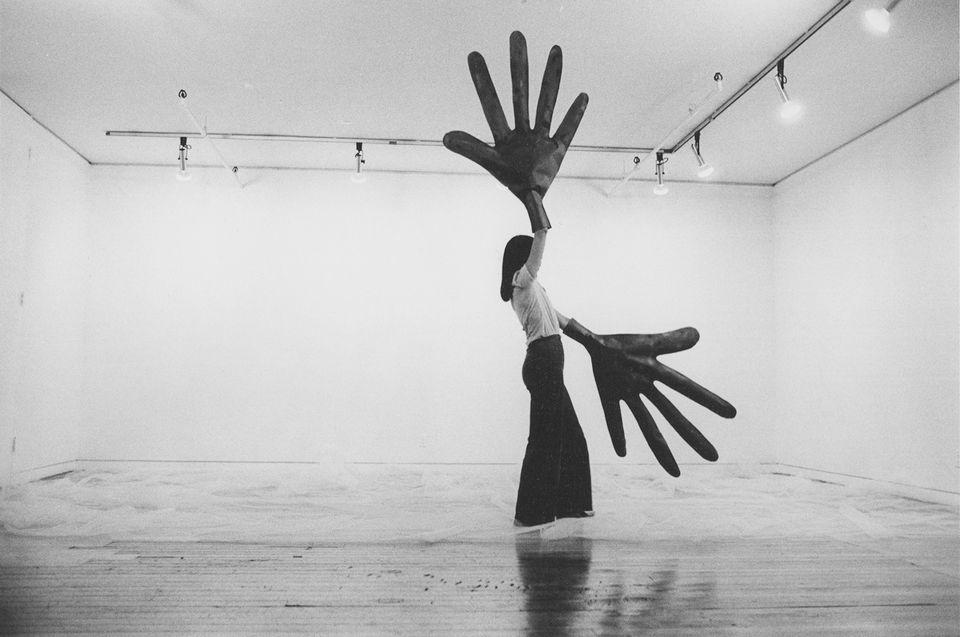 Sylvia Palacios Whitman, Passing Through, Sonnabend Gallery (1977)