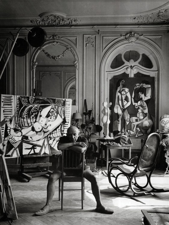 Pablo Picasso, Photograph by Arnold Newman (1956), Source: Arnold Newman, represented by Howard Greenberg Gallery, New York