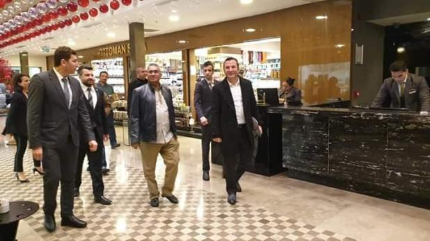"IGP Fuzi穿过伊斯坦布尔的购物中心,显然是在密集课程之间""width =""720""height =""405""data-file-id =""12303"