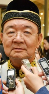 SUPP leader Peter Chin was booted out by voters at GE13 despite his manoeuvres.