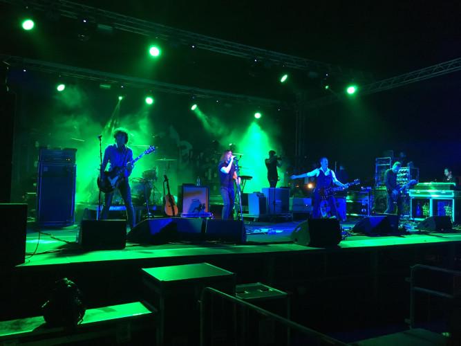 Siamo sani così. Il concerto degli Afterhours a Porto Torres e intervista a Rodrigo D'Erasmo