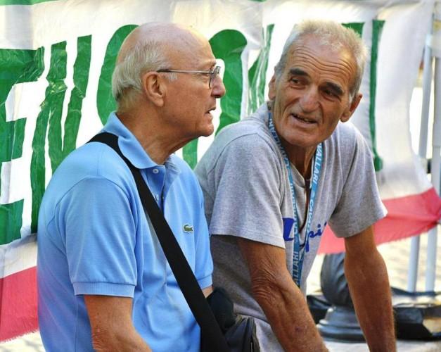 Vita da pensionati.  (Alba Rosa Galleri)
