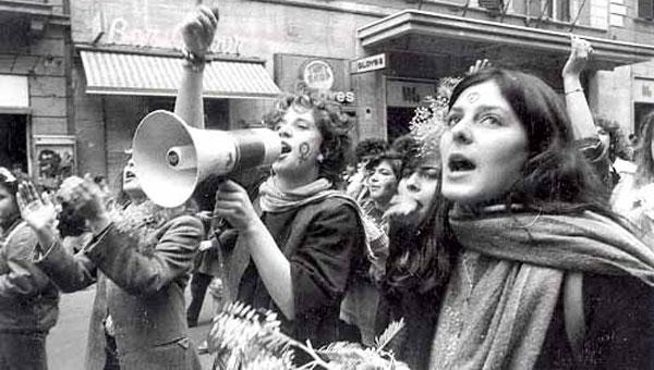 I giornali di marzo e i sogni del movimento del 77 (di Giampaolo Cassitta)