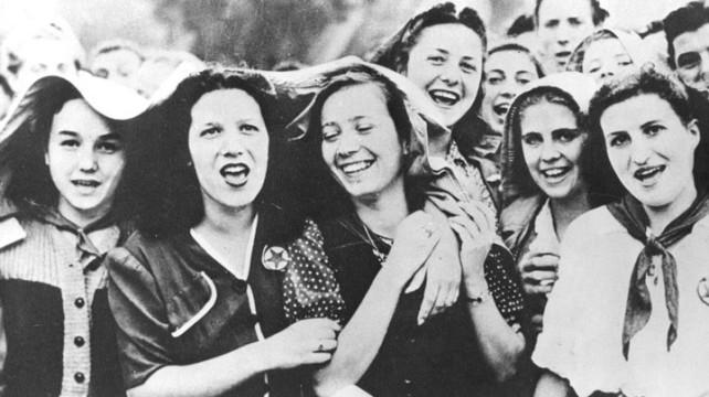 In quanto donne (di Giampaolo Cassitta)