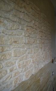 Pietra rustica rivestimenti pareti camera da letto