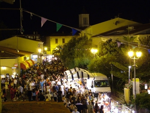 sera in centro a San Teodoro  Sardegna Pleinair Campeggi e Villaggi in Sardegna