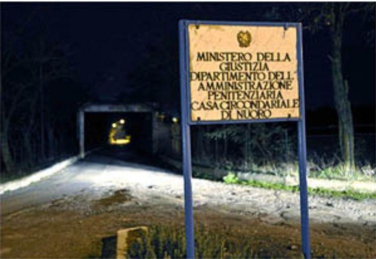 A Badu e Carros c il boss Bagarella al 41 bis E reclama per il bagno in cella  Sardiniapostit