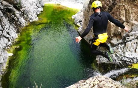 canyoning, experience in sardinia, amazing canyoning sardinia