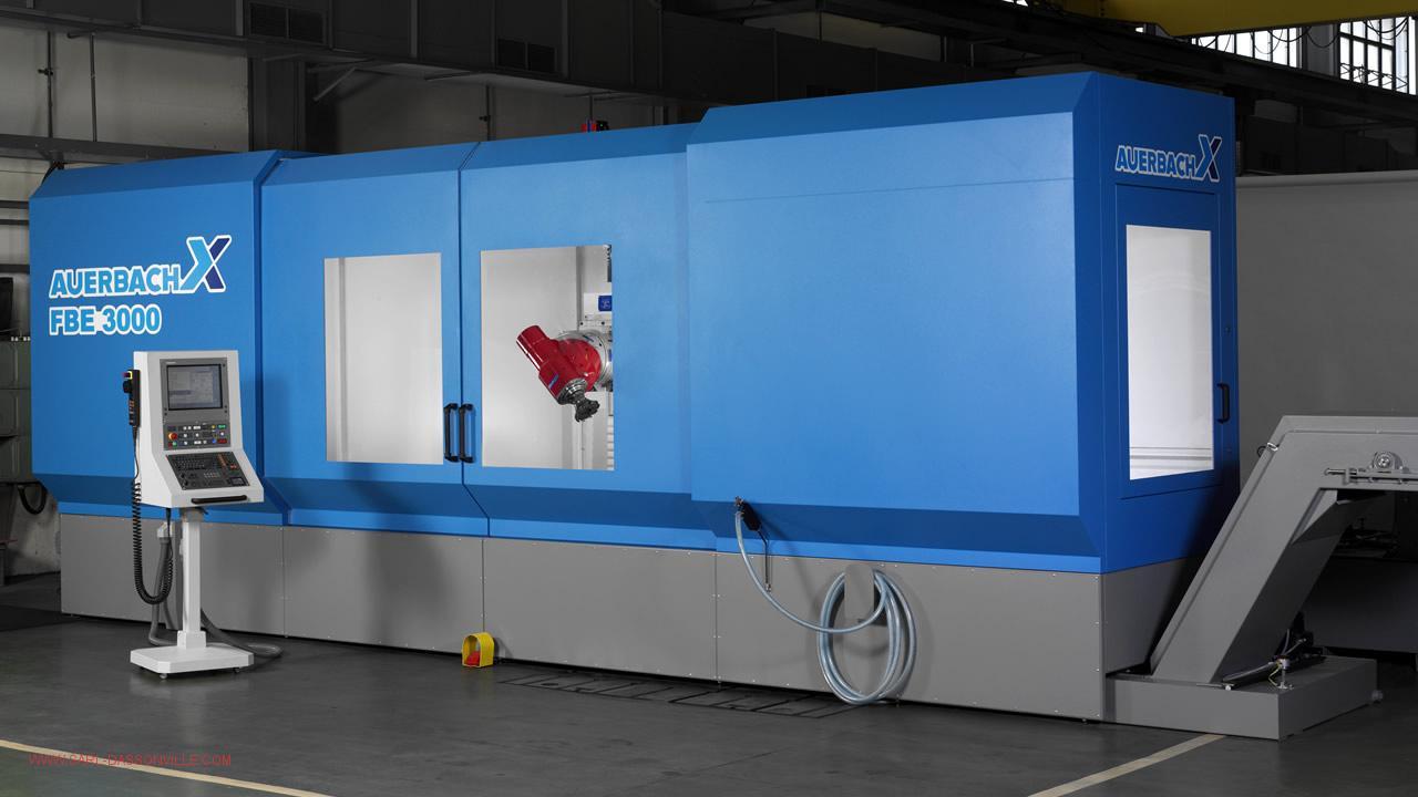 Centre d'usinage X : 3000 Y 1000 Z 1500 avec 72 outils à changement automatique
