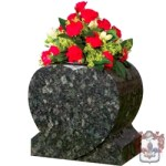 heart shaped vase  grey/blackmarble grave ornament