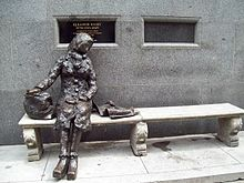Statue of Eleanor Rigby, Stanley St, Liverpool